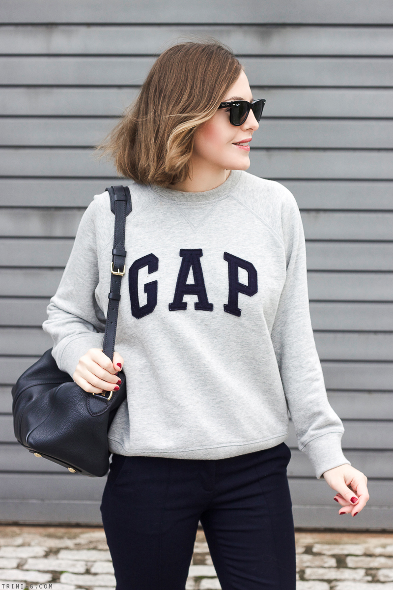 gap-sweatshirt